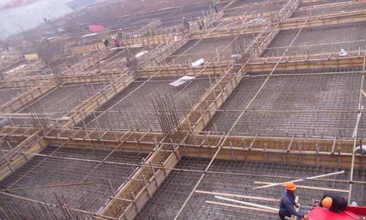 """什么是建设工程地基基础和主体结构(图2)  什么是建设工程地基基础和主体结构(图4)  什么是建设工程地基基础和主体结构(图6)  什么是建设工程地基基础和主体结构(图10)  什么是建设工程地基基础和主体结构(图13)  什么是建设工程地基基础和主体结构(图15) 为了解决用户可能碰到关于""""什么是建设工程地基基础和主体结构""""相关的问题,突袭网经过收集整理为用户提供相关的解决办法,请注意,解决办法仅供参考,不代表本网同意其意见,如有任何问题请与本网联系。""""什么是建设工程地基基础和主体结构""""相关的"""